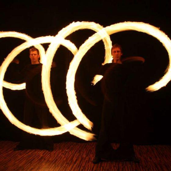 Baila fuego - die Licht- und Feuershow