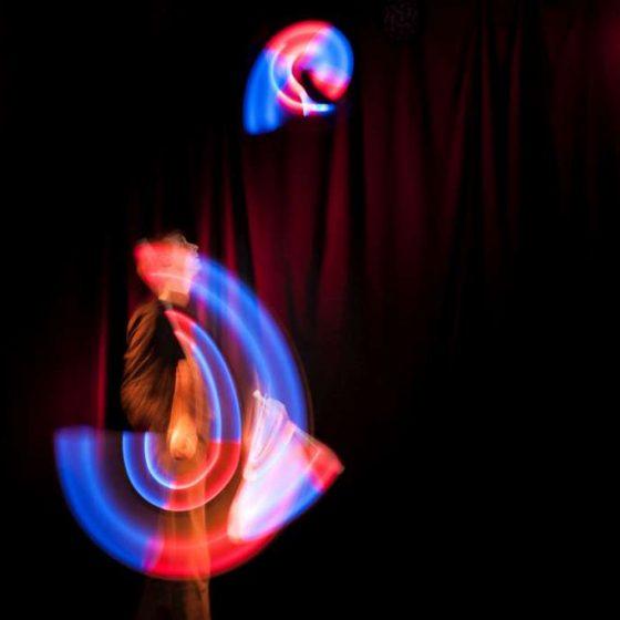 Baila fuego - Lichtjonglage und Feuershow- Hochzeit-Gala-Varieté