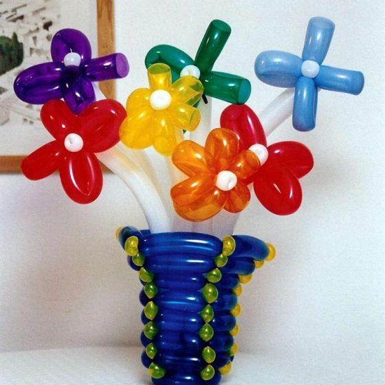 Ballonshow-Ballonfiguren-Blumenvase